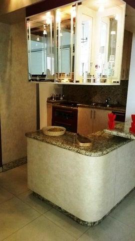 Apartamento Distrito Metropolitano>Caracas>Boleita Norte - Venta:39.697.000.000 Precio Referencial - codigo: 16-14061