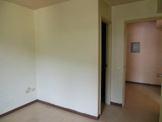 Apartamento Distrito Metropolitano>Caracas>Terrazas del Avila - Venta:95.000.000 Bolivares Fuertes - codigo: 16-14121
