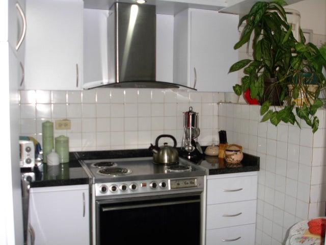 Apartamento Distrito Metropolitano>Caracas>La California Norte - Venta:10.377.000.000 Bolivares Fuertes - codigo: 16-14145