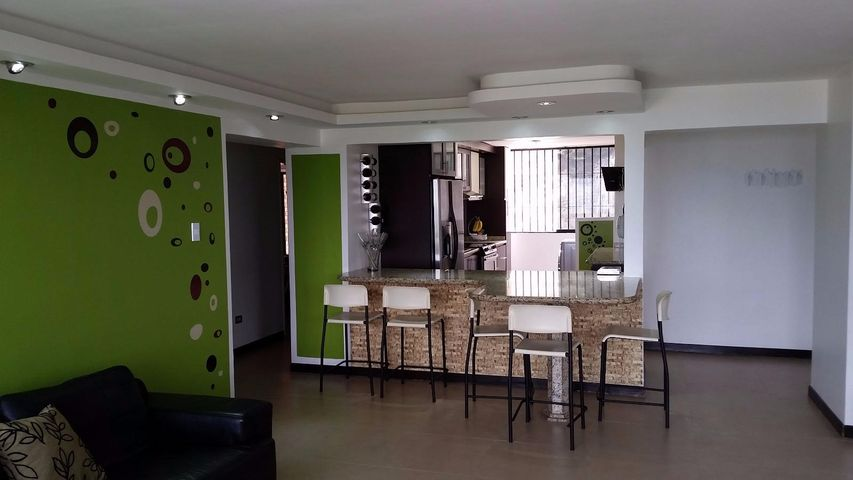 Apartamento Distrito Metropolitano>Caracas>Colinas de Bello Monte - Venta:91.609.000.000 Precio Referencial - codigo: 16-14141