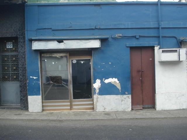 Local Comercial Vargas>Parroquia Maiquetia>Pariata - Venta:25.000  - codigo: 16-14272