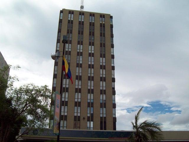Oficina Zulia>Maracaibo>5 de Julio - Venta:132.353.000.000 Precio Referencial - codigo: 16-14303
