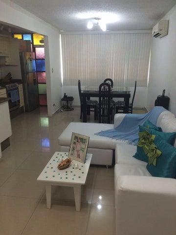 Apartamento Miranda>Guarenas>Nueva Casarapa - Venta:18.809.000.000 Precio Referencial - codigo: 16-14311