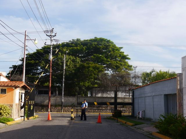 Casa Lara>Barquisimeto>Las Trinitarias - Venta:28.597.000.000 Precio Referencial - codigo: 16-14333