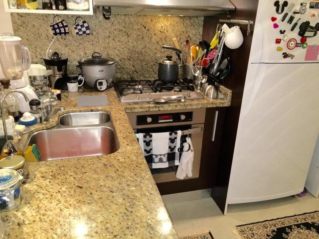 Apartamento Distrito Metropolitano>Caracas>Macaracuay - Venta:40.000 US Dollar - codigo: 16-14364