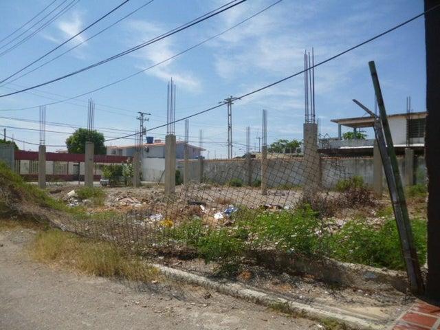 Terreno Falcon>Punto Fijo>Santa Fe - Venta:7.598.000.000 Bolivares - codigo: 16-14420