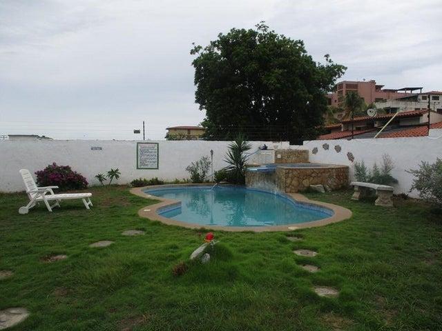 Casa Nueva Esparta>Margarita>Playa El Agua - Venta:450.000 Precio Referencial - codigo: 16-14429