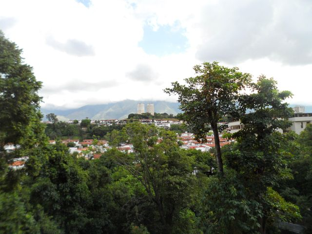 Apartamento Distrito Metropolitano>Caracas>Macaracuay - Venta:87.944.000.000 Precio Referencial - codigo: 16-14447