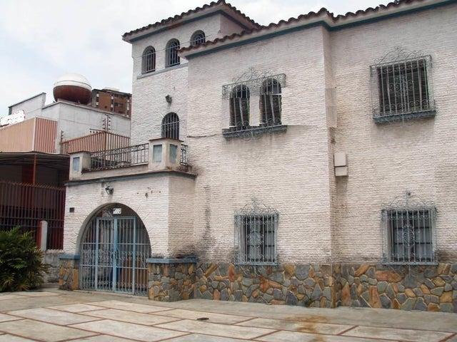 Casa Distrito Metropolitano>Caracas>El Paraiso - Venta:335.899.000.000 Precio Referencial - codigo: 16-14451
