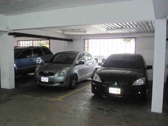 Townhouse Distrito Metropolitano>Caracas>Alta Florida - Venta:115.667.000.000 Bolivares - codigo: 16-14515