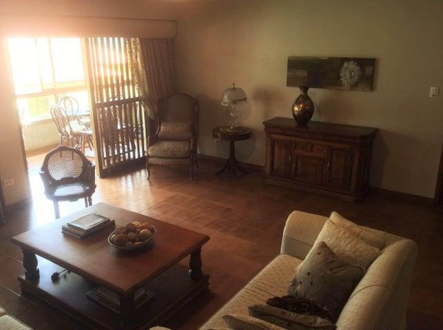 Apartamento Distrito Metropolitano>Caracas>Miranda - Venta:33.612.000.000 Bolivares Fuertes - codigo: 16-14493