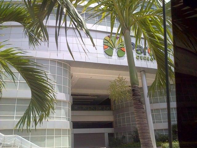 Local Comercial Distrito Metropolitano>Caracas>Los Naranjos del Cafetal - Venta:357.204.000.000 Bolivares - codigo: 16-14509