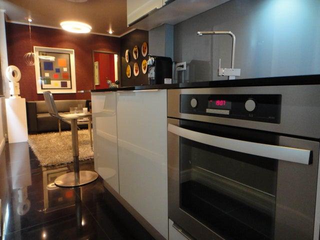 Apartamento Distrito Metropolitano>Caracas>San Bernardino - Venta:18.461.000.000 Bolivares Fuertes - codigo: 16-14542