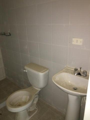Apartamento Distrito Metropolitano>Caracas>Los Naranjos Humboldt - Venta:41.380.000.000 Precio Referencial - codigo: 16-14531