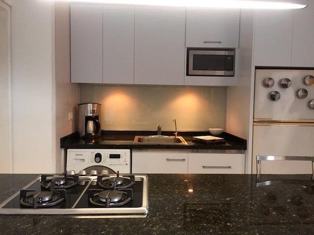 Apartamento Distrito Metropolitano>Caracas>Colinas de Bello Monte - Alquiler:500  - codigo: 16-14551