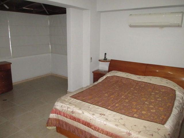 Apartamento Distrito Metropolitano>Caracas>Las Acacias - Venta:42.861.000.000 Bolivares Fuertes - codigo: 16-14694