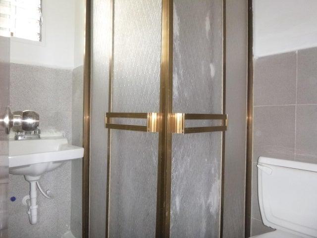 Apartamento Miranda>Cua>Quebrada de Cua - Venta:170.000.000 Bolivares Fuertes - codigo: 16-14729