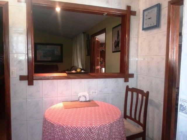 Casa Carabobo>Valencia>Flor Amarillo - Venta:85.000.000 Bolivares - codigo: 16-14750