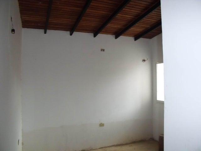 Casa Bolivar>Ciudad Bolivar>Sector Marhuanta - Venta:22.500.000 Bolivares - codigo: 16-14785