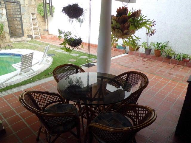 Casa Distrito Metropolitano>Caracas>Santa Sofia - Venta:232.955.000.000 Precio Referencial - codigo: 16-14806