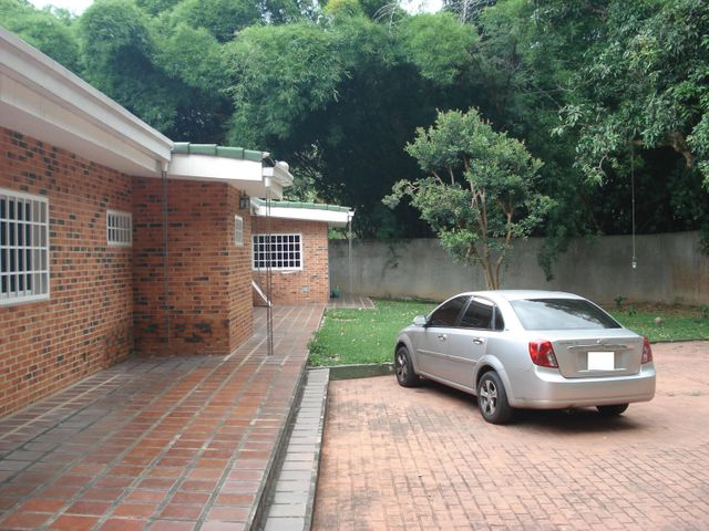 Casa Distrito Metropolitano>Caracas>Miranda - Venta:183.218.000.000 Precio Referencial - codigo: 16-14924