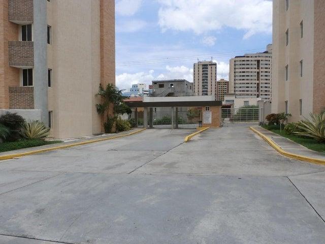 Apartamento Carabobo>Municipio Naguanagua>Palma Real - Venta:5.875.000.000 Bolivares Fuertes - codigo: 16-15352