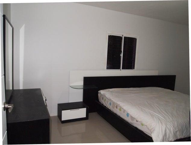 Townhouse Zulia>Municipio San Francisco>La Coromoto - Venta:90.000 US Dollar - codigo: 16-14965