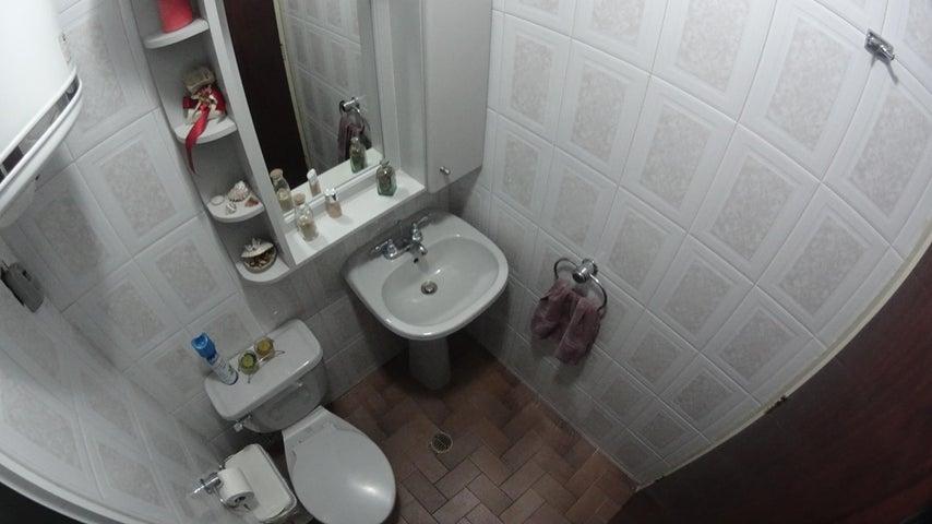 Apartamento Distrito Metropolitano>Caracas>Mariperez - Venta:30.536.000.000 Precio Referencial - codigo: 16-14977