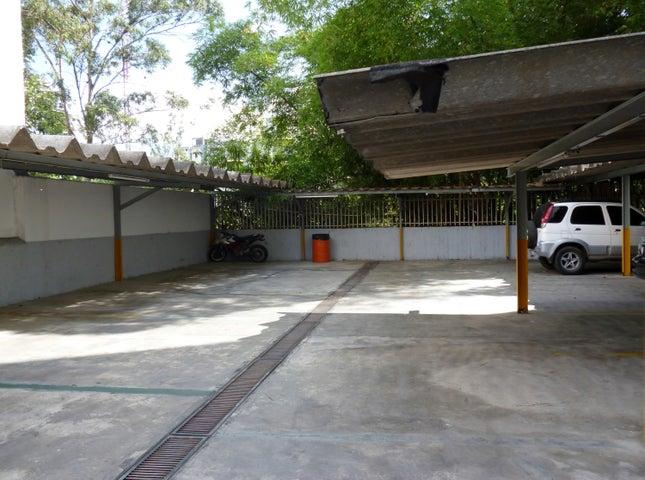 Apartamento Distrito Metropolitano>Caracas>Santa Paula - Venta:16.215.000.000 Bolivares Fuertes - codigo: 16-14989