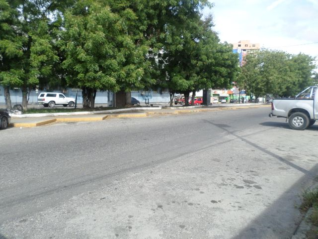 Casa Lara>Barquisimeto>Parroquia Catedral - Venta:45.117.000.000 Bolivares - codigo: 16-15001