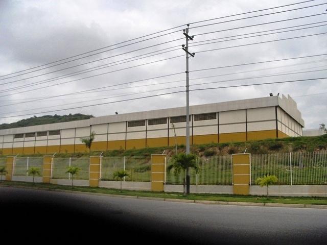 Galpon - Deposito Lara>Barquisimeto>Parroquia Juan de Villegas - Venta:186.364.000.000  - codigo: 16-15056