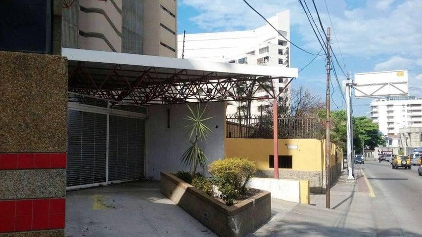 Apartamento Vargas>Parroquia Caraballeda>Palmar Este - Venta:64.176.000.000 Precio Referencial - codigo: 16-15107