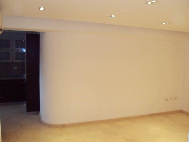 Apartamento Aragua>Maracay>Base Aragua - Venta:150.000.000 Bolivares Fuertes - codigo: 16-15172