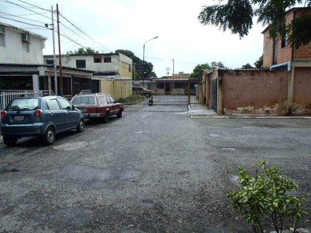 Casa Carabobo>Valencia>La Isabelica - Venta:17.000.000 Bolivares - codigo: 16-15235