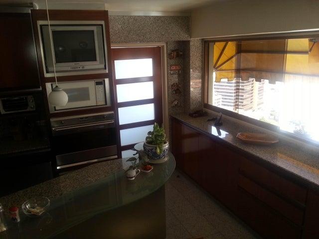 Apartamento Distrito Metropolitano>Caracas>El Marques - Venta:263.804.000.000 Precio Referencial - codigo: 16-15272