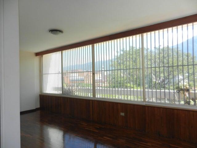 Apartamento Distrito Metropolitano>Caracas>Valle Arriba - Venta:480.000 Precio Referencial - codigo: 16-15274