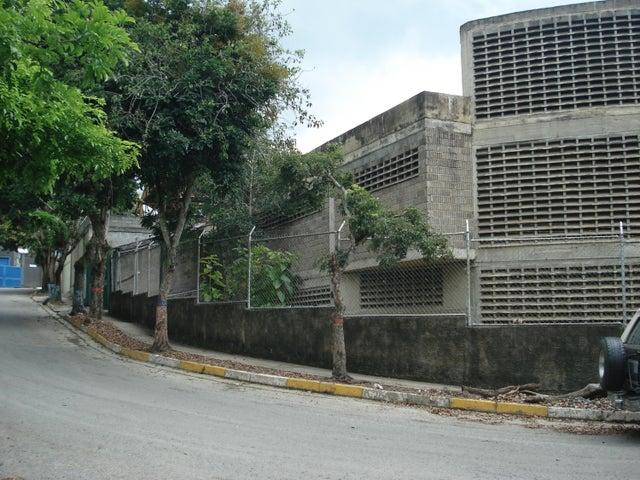 Edificio Distrito Metropolitano>Caracas>Mariche - Venta:162.909.000.000 Bolivares - codigo: 16-15337