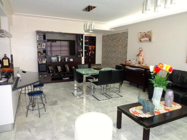 Apartamento Zulia>Maracaibo>Avenida Universidad - Venta:1.920.000.000 Bolivares Fuertes - codigo: 16-15339