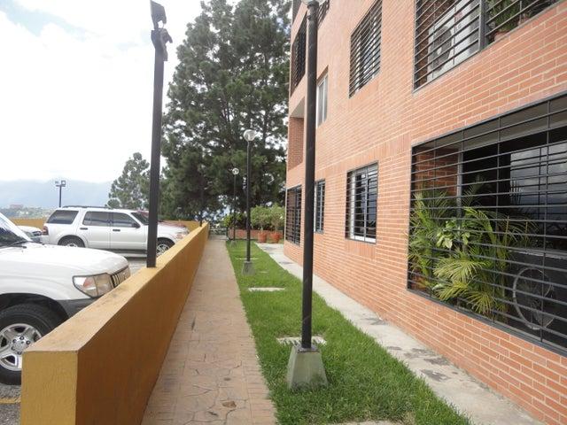 Apartamento Distrito Metropolitano>Caracas>Colinas de La Tahona - Venta:13.579.000.000 Bolivares Fuertes - codigo: 16-14615