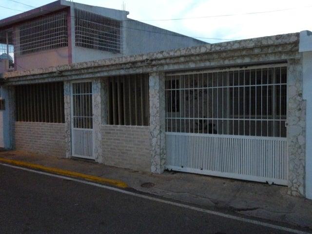 Casa Zulia>Maracaibo>Maranorte - Venta:32.000.000 Bolivares - codigo: 16-15392