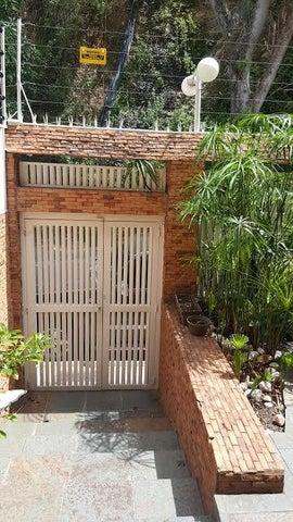 Casa Distrito Metropolitano>Caracas>Colinas de Santa Monica - Venta:85.723.000.000 Bolivares - codigo: 16-15395