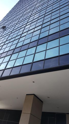 Local Comercial Distrito Metropolitano>Caracas>Chacaito - Venta:35.000 Precio Referencial - codigo: 16-15422