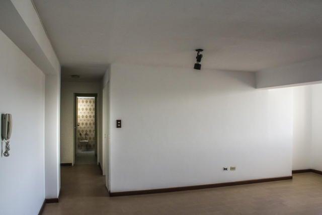 Apartamento Distrito Metropolitano>Caracas>El Bosque - Venta:50.839.000.000 Precio Referencial - codigo: 16-15447