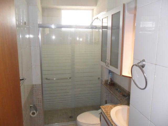 Apartamento Miranda>Higuerote>Puerto Encantado - Venta:38.476.000.000 Precio Referencial - codigo: 16-15482