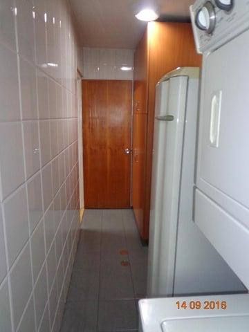 Apartamento Distrito Metropolitano>Caracas>La Florida - Venta:97.716.000.000 Precio Referencial - codigo: 16-15481