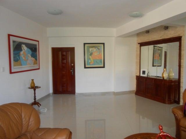 Apartamento Carabobo>Valencia>El Parral - Venta:46.153.000.000 Bolivares Fuertes - codigo: 16-15480