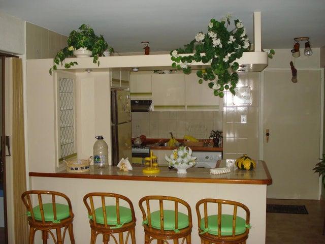 Apartamento Vargas>Parroquia Caraballeda>Tanaguarena - Venta:7.921.000.000 Bolivares Fuertes - codigo: 16-15493