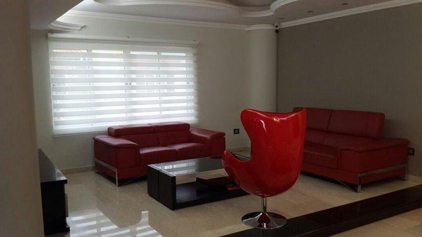 Casa Aragua>Maracay>Cantarana - Venta:110.000.000.000 Bolivares - codigo: 16-15509