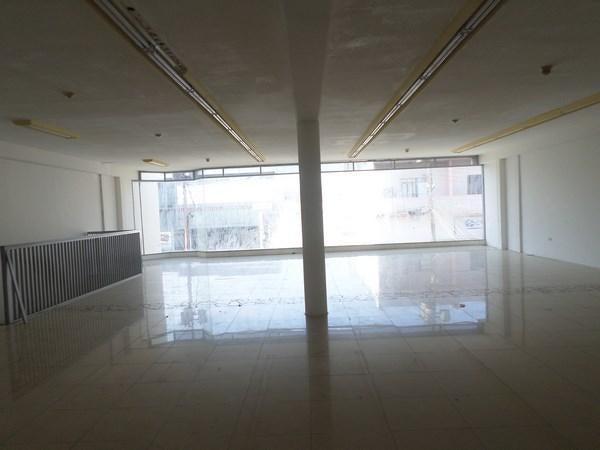 Local Comercial Falcon>Punto Fijo>Centro - Venta:96.202.000.000 Bolivares - codigo: 16-15511