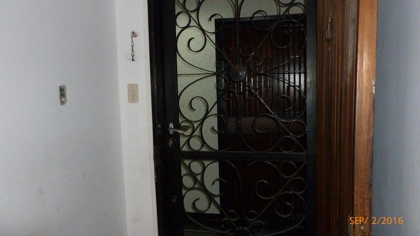 Apartamento Distrito Metropolitano>Caracas>El Marques - Venta:18.618.000.000 Bolivares Fuertes - codigo: 16-15527